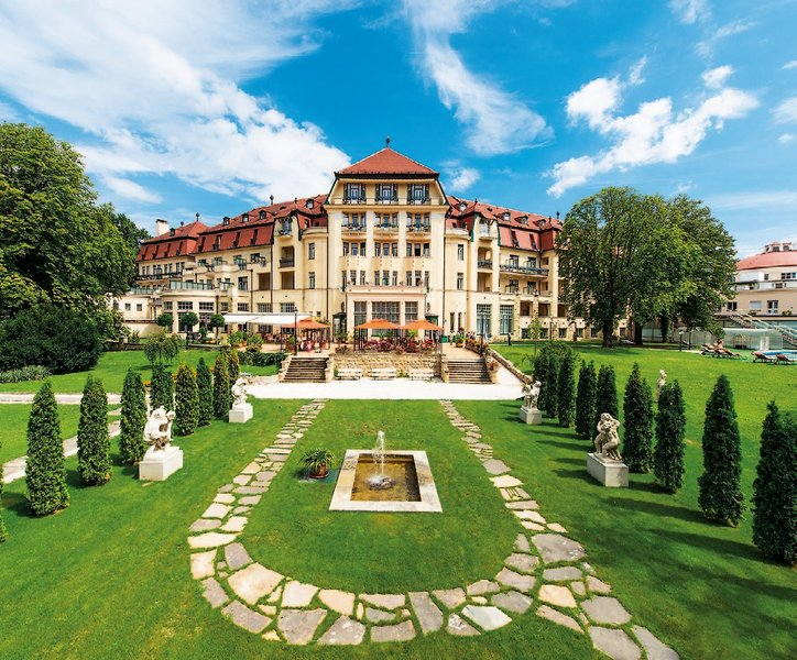 Thermia Palace - Danubius Health Spa Resort